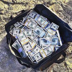 Life Changing Offer learnfromjon.net  ➖➖➖➖➖➖➖➖➖➖➖➖➖➖ #businessmen #rich #founder #entrepreneurs #startuplife #startup #boss #growth #focused #startups #daily #love #entrepreneurship #wealth #cash #money #cashflow #business #entrepreneur #luxury #wealth #dollars #world #motivation #millionaire #billionaire #aspirational #success #motivational ™@imexperts