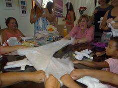 A Alegria é contagiante nas nossas oficinas de Bonecas de Pano https://www.facebook.com/pages/Provedores-da-Alegria/379644212168685?ref=hl