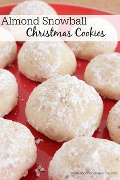 Holiday Desserts, Holiday Baking, Christmas Baking, Holiday Recipes, Italian Christmas, Snowball Cookies, Almond Cookies, Holiday Cookies, Chocolate Cookies