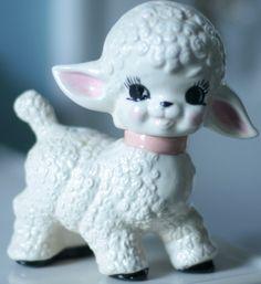 Vintage 1950's lamb figurine