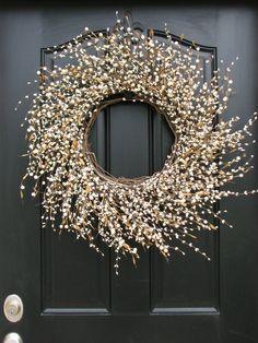 Shabby Chic Wreath Country Decor XL Cream Berry por twoinspireyou