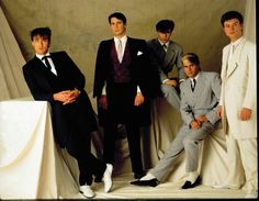 Spandau Ballet - so true funny how it seems Rock Groups, Retro Music, Music Pictures, 80s Music, My Music, Boy Bands, My Favorite Music, Kinds Of Music, Music Is My Escape