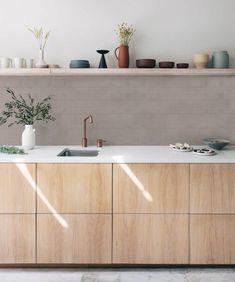 Kutu Kitchen and colors Minimalist Kitchen kitchen colors Kitchen and colors Mini Home Interior, Kitchen Interior, Interior Ideas, Home Decor Kitchen, Home Kitchens, Kitchen Ideas, Rustic Kitchen, Modern Kitchens, Luxury Kitchens