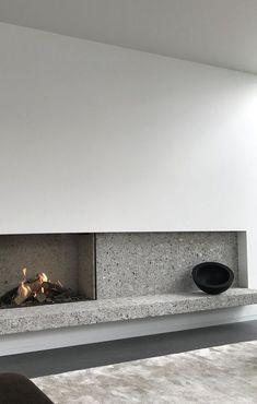 Classic Home Decor inspiration zone.Classic Home Decor inspiration zone Modern Interior, Home Interior Design, Interior Architecture, Interior And Exterior, Interior Livingroom, Home Fireplace, Fireplace Design, Fireplaces, Modern Fireplace Mantles
