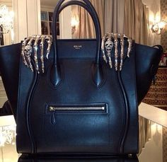 This hand bag up scales ones esteem automatically because of the elegance. designer bags and handbags purses Skull Purse, Sacs Design, Estilo Rock, Skeleton Hands, Celine Bag, Skull Fashion, Paris Fashion, Beautiful Bags, My Bags