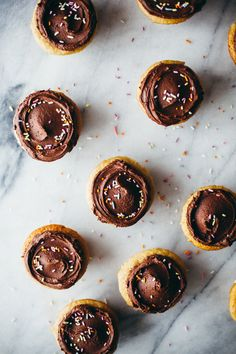 "delta-breezes: ""Tahini Cupcakes w/Tahini Chocolate Frosting 
