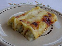 Cannelloni ricotta e asparagi ricetta facile e veloce direi, perché i cannelloni di sola semola che si mettono in forno senza precottura sono