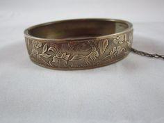 Vintage 1930s Etched Brass Bangle Bracelet by petgirlvintage