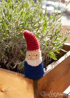 Amigurumi Gnome free pattern by Loopsan