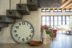 living-room Clock, Diy, Living Room, Wall, Container, Home Decor, Beach Cottages, Blackberry, Objects