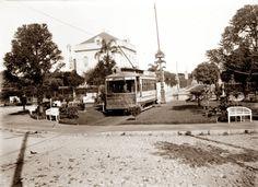 Tranvía 3, Plaza Atahualpa 1916. Prado, Montevideo, Uruguay.
