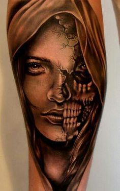 Realistic black and gray tattoo of Face by artist Eze Nunez Post 8182 World Tattoo Gallery Best place to Tattoo Arts Skull Face Tattoo, Sugar Skull Tattoos, Face Tattoos, Skull Tattoo Design, Body Art Tattoos, Sleeve Tattoos, Tattoo Designs, Tattoo Motive, Arm Tattoo