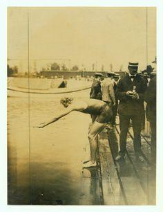 1904 Olympics: 440 yard Olympic championship, Daniels of the New York Athletic Club starting.