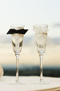 Cute Bride & Groom Champagne Glasses