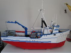 This is my own LEGO scale model of the F/V Northwestern, the crabbing vessel featured on Discovery Channel's Deadliest Catch. It's technically a LEGO MOC (My Own Creation), although I have never cared for the term.