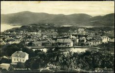 Møre og Romsdal fylke Kristiansund N utsikt over byen 1927 Utg Mittet Kristiansund, Old Town, Paris Skyline, Pictures, Travel, Old City, Photos, Viajes, Photo Illustration