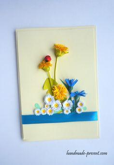 Kartka ręcznie wykonana z kwiatami polnymi : stokrotki, mlecze, chabry oraz z biedronką. Kwiaty wykonane w technice quilling.