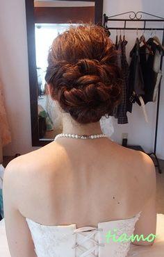 柔らかルーズな3スタイルのhappy wedding day♪ の画像|大人可愛いブライダルヘアメイク 『tiamo』 の結婚カタログ