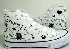 Snoopy Hand Painted Shoes/mens womens girls shoes/Canvas shoes Hand Drawing shoes,Mens shoes-in Flats from Shoes on Alie Painted Canvas Shoes, Painted Sneakers, Hand Painted Shoes, Cool Converse, Custom Converse, Custom Shoes, Converse Hightops, Kawaii Shoes, Aesthetic Shoes