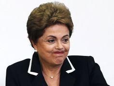 A presidente Dilma Rousseff participa da cerimônia de lançamento do Plano Nacional de Exportações, no Palácio do Planalto, em Brasília (DF), nesta quarta-feira (24)