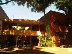 Universidad Columbia del Paraguay in Asunción. Rector. Dr. Roberto Elías Canese