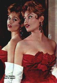 Brigitte Bardot. 1950s fashion- curves are sexy