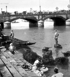 Bridge of Spain, Pasig River, Manila, Philippines, early Century by John T… Filipino Culture, Chinese Culture, Chinese Art, Ancient Greek Architecture, Gothic Architecture, Philippine Art, Intramuros, Mindanao, Manila Philippines