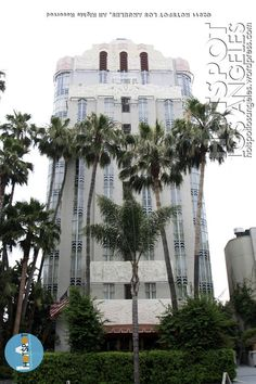 The Sunset Tower Hotel 8358 West Sunset Boulevard,West Hollywood. Previously known as The Argyle, The St. James Club and The Sunset Tower Hotel, the 15 story Art Deco building was designed in 1929 by architect Leland A. Bryant and opened in 1931. | losangeles.hotspotphotos.com