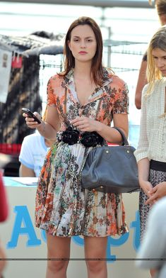 Blair's outfit here is just to die for! <3