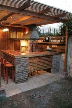 Outdoor Kitchen Ideas For The Best Summer Yet! Get outdoor kitchen ideas from thousands of outdoor kitchen pictures. Learn about layout options, sizing, planning for appliances, cost, and more. Outdoor Kitchen Bars, Outdoor Kitchen Design, Rustic Outdoor Kitchens, Patio Design, Outdoor Bars, Rustic Outdoor Bar, Simple Outdoor Kitchen, Outdoor Seating, Outdoor Rooms