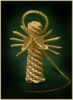 Christmas tree decoration made from straw