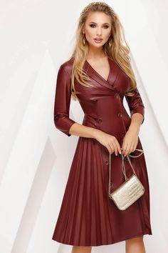 Rochie Fofy visinie midi plisata de zi din piele ecologica in clos - Smart Shopping Online Daily Dress, New Dress, Leather Dresses, Review Dresses, Dress Cuts, Dress Backs, Size Clothing, Dress Outfits, Peplum