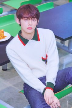 TXT made their debut on March 2019 with the song Crown from their debut EP titled The Dream Chapter: Star. See the concept photos of the TXT members in HD/HR below! Korean Boy Bands, South Korean Boy Band, Btob, Mamamoo, Kai, Taehyung, Rapper, Chuu Loona, The Dream