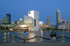 This is downtown Cleveland, Ohio. Specifically, this is the Rock and Roll Hall of Fame and Museum. Cleveland holds the Rock and Roll Induction Ceremony this year yay Downtown Cleveland, Cleveland Rocks, Cleveland Scene, Cleveland Clinic, Bar Lounge, Rock Roll, Rock Hall Of Fame, Great Places