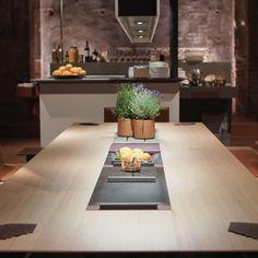 Rückblick Milano 2018   bulthaup gibt Küche eine neue Dimension #bulthaup #bulthaupschweiz #AmplifyU Table Decorations, Milan, Instagram, Furniture, Home Decor, Decoration Home, Room Decor, Home Furniture, Interior Design