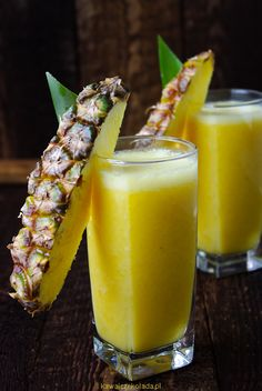 Smoothies, Glass Of Milk, Pineapple, Drinks, Food, Gastronomia, Smoothie, Beverages, Drink