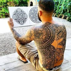 150 Time-Honored Old School Tattoo Designs cool  Check more at https://tattoorevolution.com/old-school-tattoo-designs/