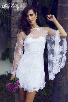 Brilla llena de elegancia y sensualidad en tu gran día con la colección Bride light de Novias by Charo Ruiz  Ref. 226610VESTIDO PÁJARO  www.charoruiz.com