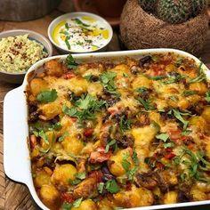 krieltjes ovenschotel met spek, ui en kaas - Familie over de kook Easy Cooking, Cooking Recipes, Gourmet Recipes, Quick Healthy Meals, Healthy Recipes, Oven Dishes, Love Food, Food Print, Food And Drink