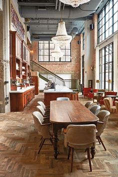 Restaurant at the Soho House Chicago designed by Hartshorne Plunkard Architecture (HPA)