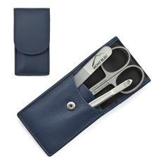 Hans Kniebes' Sonnenschein Manicure Set with crystal nail file, in Nappa Leather Case made in Germany About the product Product description Color: Navy Blue Manicure set made in Germany by Hans Kniebes with Mont Bleu crystal.
