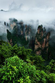 Zhangjiajie National Forest Park, Hunan, China.    http://ninbra.tumblr.com/post/26318366610/zhangjiajie-national-forest-park-hunan-china#