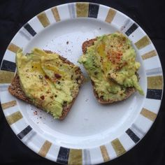 Squashed avocado with lemon juice, olive oil, Maldon salt, smashed black pepper, and smoked paprika. Served on seeded rye toast.