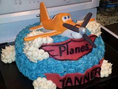 "Disney Planes ""Dusty"" Cake"