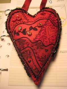 d50c03ed4222b crazy quilting - red and black heart