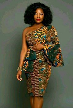 african fashion skirt that looks stunning. African Fashion Designers, African Fashion Ankara, African Inspired Fashion, Latest African Fashion Dresses, African Dresses For Women, African Print Dresses, African Print Fashion, Africa Fashion, African Attire