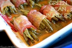 Bacon-Wrapped Green Beans (Bacon!!) -Y via @amandajnebrown