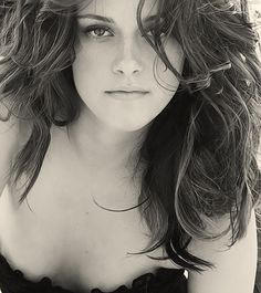 I dont usually like Kristen Stewart but I must admit this is a really good picture of her.