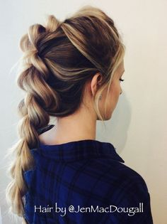 Braided hairstyles are simply perfect for the summer, helping to sweep your hair off your face in a cool and practical way whilst looking incredibly stylish at the very same time. Braids are also incredibly versatile, and can be implemented into a number Braided Ponytail Hairstyles, Box Braids Hairstyles, Pretty Hairstyles, Hairstyle Ideas, Hairstyles 2018, Fishtail Braids, Cornrows Hair, Dance Hairstyles, Fashion Hairstyles