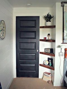 Small space solutions: 7 spots to add a little extra storage decorating small apartments, Diy Casa, Small Space Solutions, Closet Solutions, Storage Solutions, Small Apartment Decorating, Small Bedroom Decor On A Budget, Decorating Small Spaces, Small Bedroom Storage, Small Apartment Hacks